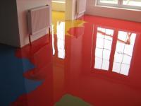 Dekorboden in einem Lokal, Designböden, Designboden