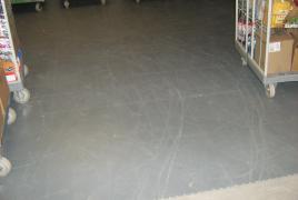 Tile Platten Verlegung Lagerraum