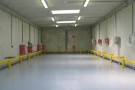 nachher Batterieladeraum mit einer Bodenbeschichtung chemikalienbeständig